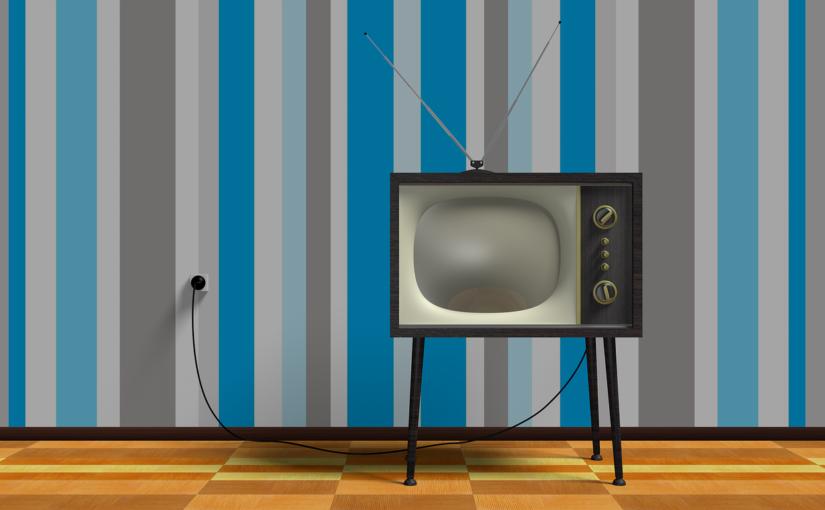 Rodzinny odpoczynek przed telewizorem, lub niedzielne filmowe popołudnie, umila nam czas wolny oraz pozwala się zrelaksować.